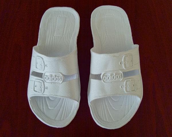 دمپایی آدیداس مردانه سفید گونی
